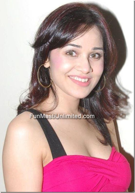 Nisha Kothari Hot